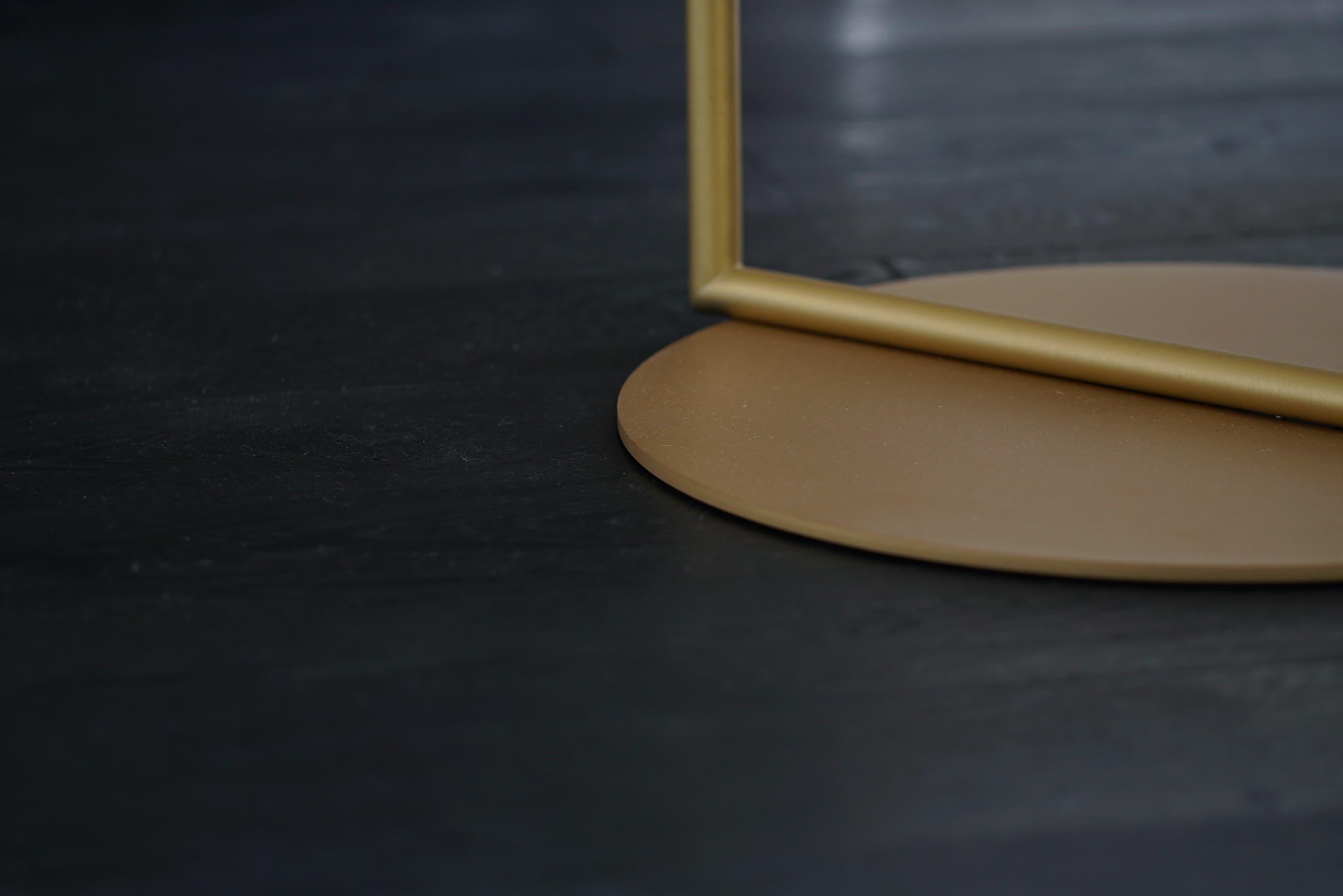 レジデンス此花 モデルルーム / 間接照明と無垢の床