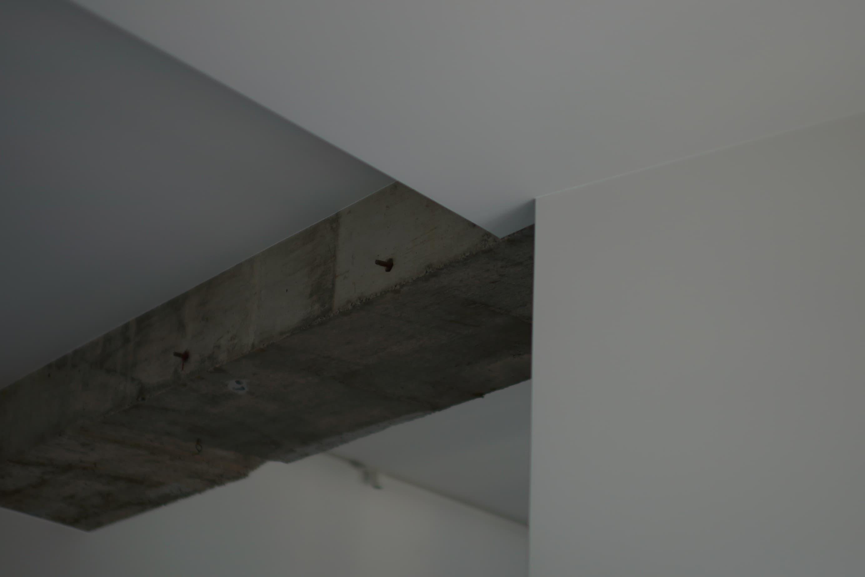 レジデンス此花 モデルルーム / コンクリートむき出しの天井