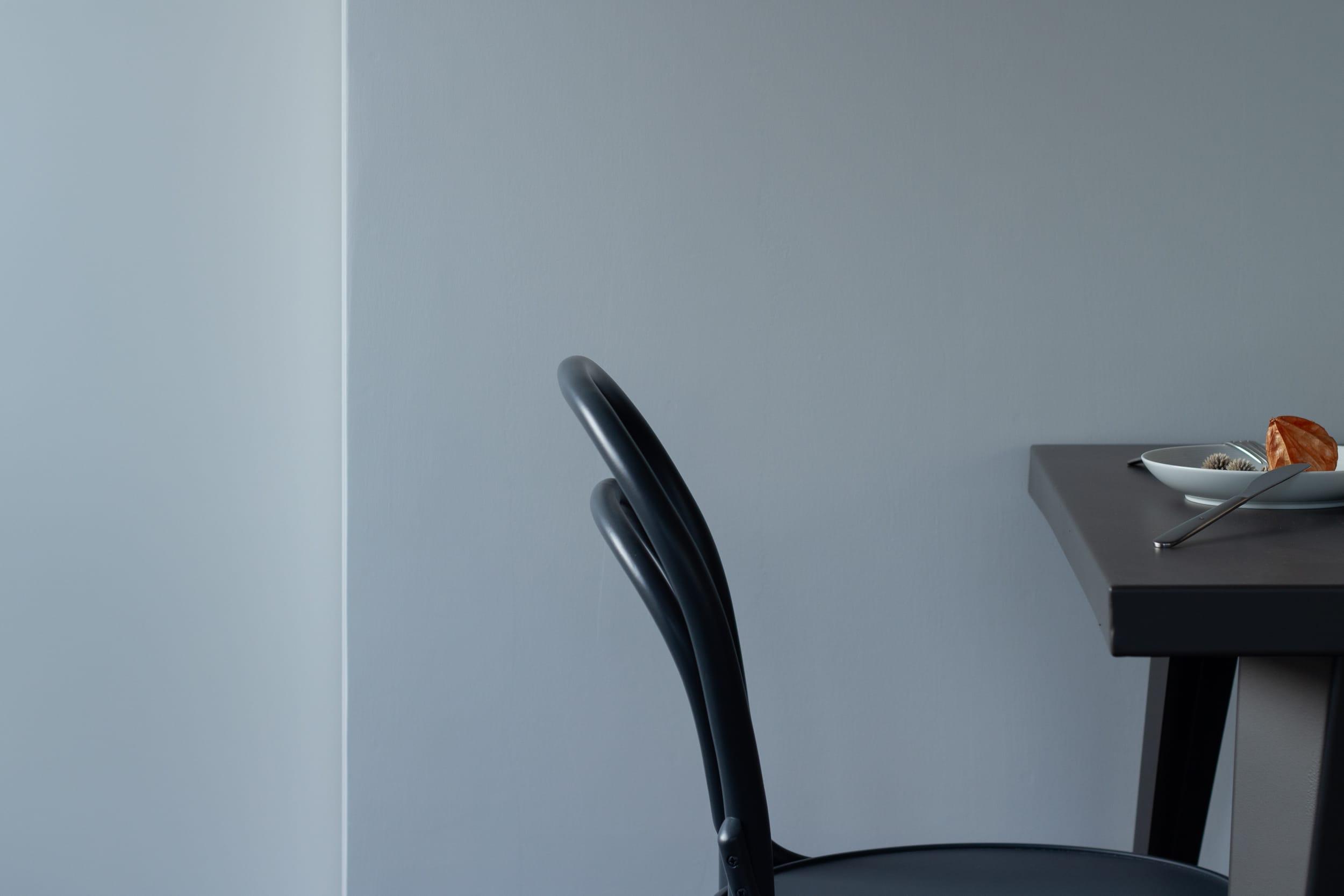 代々木コンド / 椅子